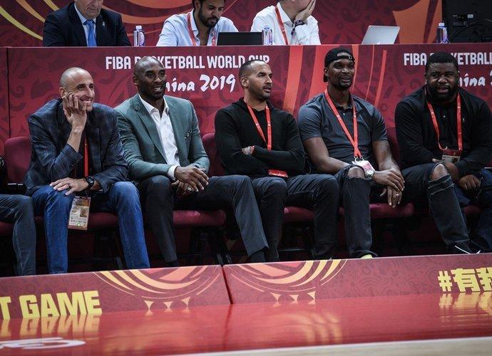K.Bryantas tiki moterų galimybėmis prasimušti į NBA (FIBA nuotr.)