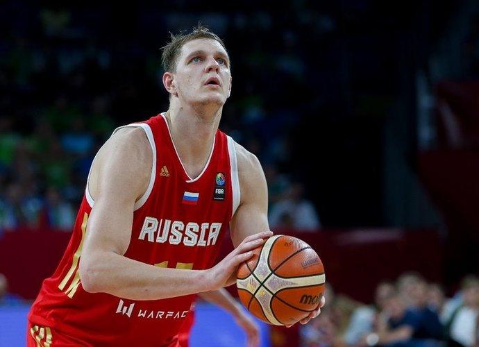 T.Mozgovas pasakojo apie amerikiečius ir rusus (FIBA nuotr.)