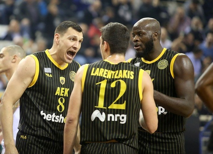 J.Mačiulis prie pergalės prisidėjo tritaškiais (FIBA Europe nuotr.)