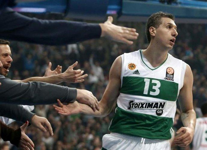 D.Diamantidis po šio sezono atsisveikins su krepšiniu (Scanpix nuotr.)