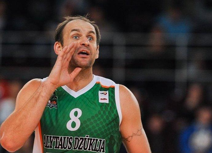 """N.Varnelis yra vienas rezultatyviausių """"Dzūkijos"""" žaidėjų (Fotodiena.lt)"""